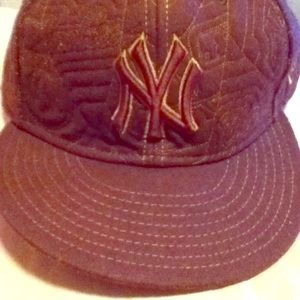 New York Yankees fitted hat cap lid 8 new era